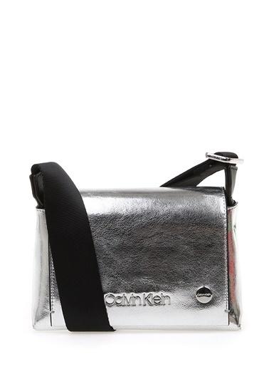 Calvin Klein Messenger / Askılı Çanta Gümüş